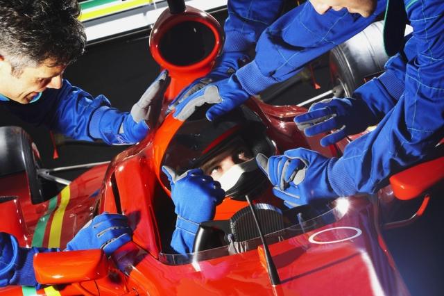 shutterstock_240686083.jpg pit crew